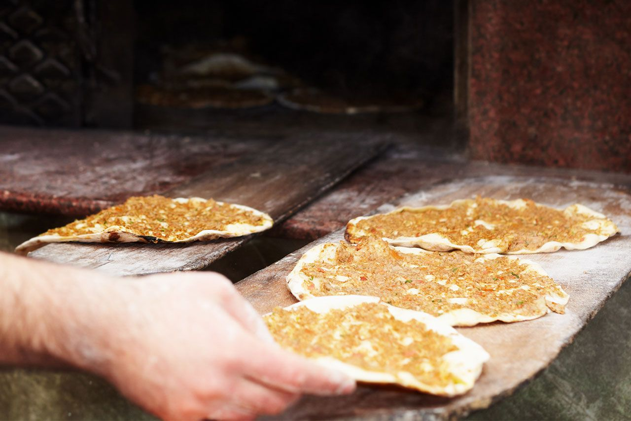 Lahmacun, the traditional Turkish pizza!  - step 3