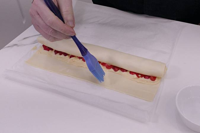 Roll out the puff pastry and put it in the freezer