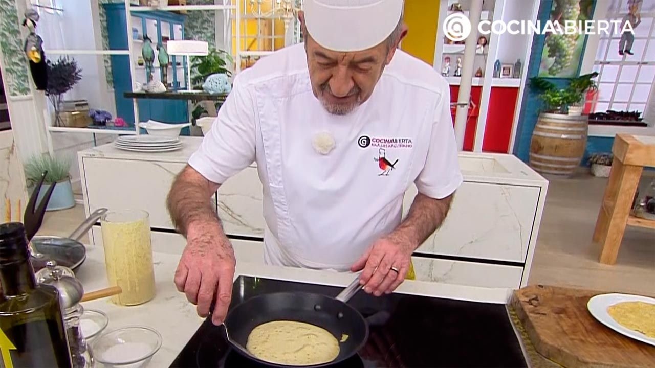 """Spicy crepe dough (WITHOUT milk or egg) with chickpea flour: recipe """"with a different touch"""" by Carlos Arginiano - Hogarmania"""