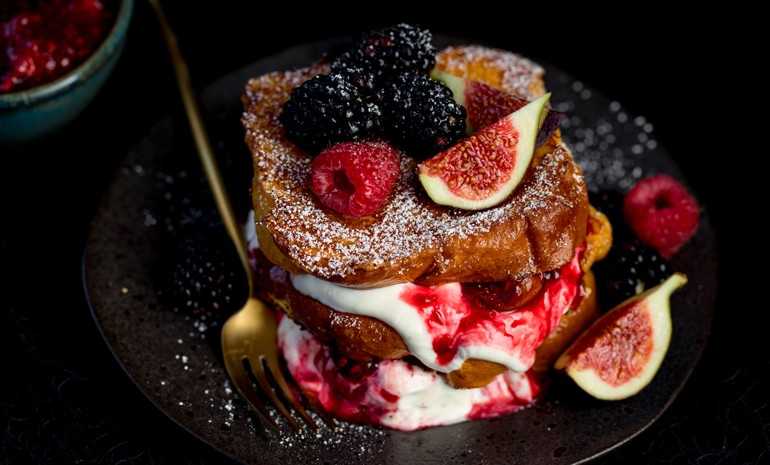 Blackberry maple syrup French toast - cooking with love NEFF