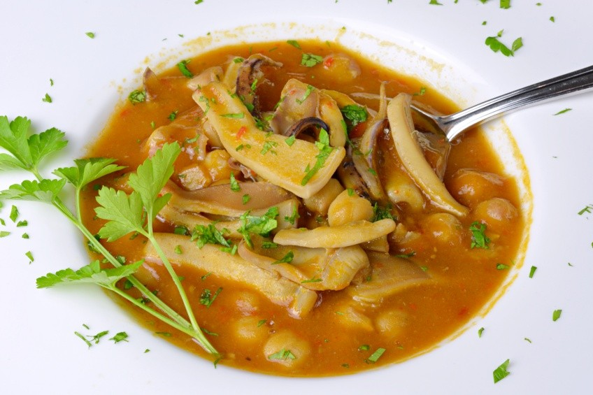 Chickpea stew with squid