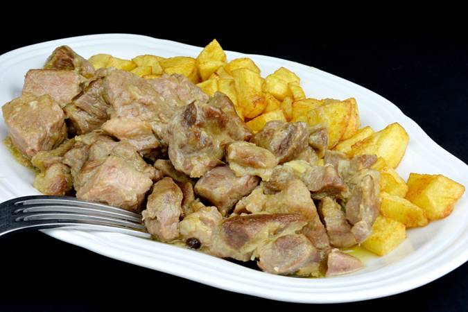 We have already finished the pork head stewed with black pepper