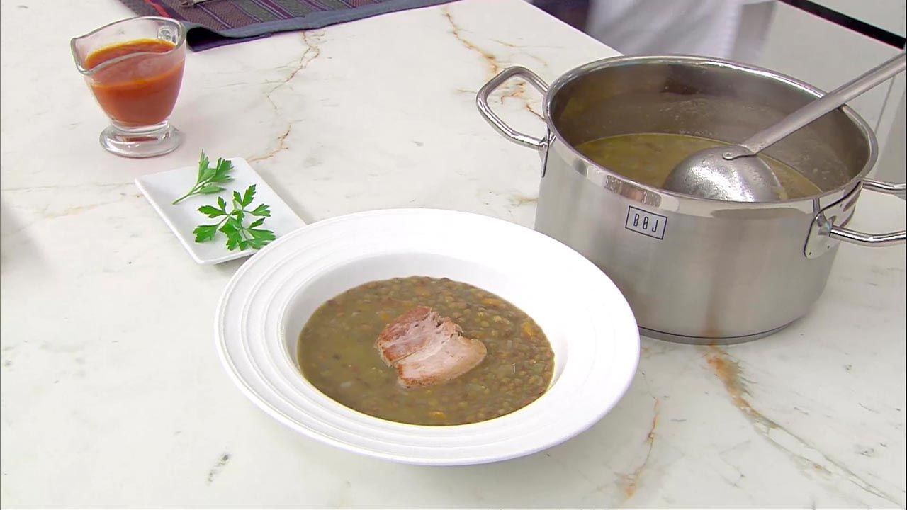 Lentils with fresh bacon