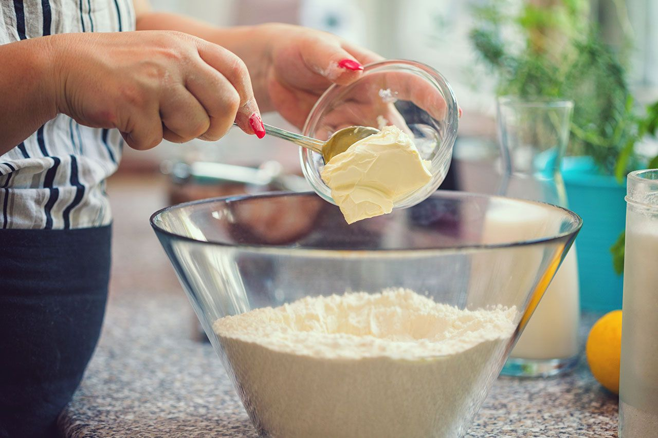 How to make homemade fluffy donuts - Step 2