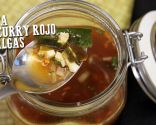 Red curry soup and seaweed