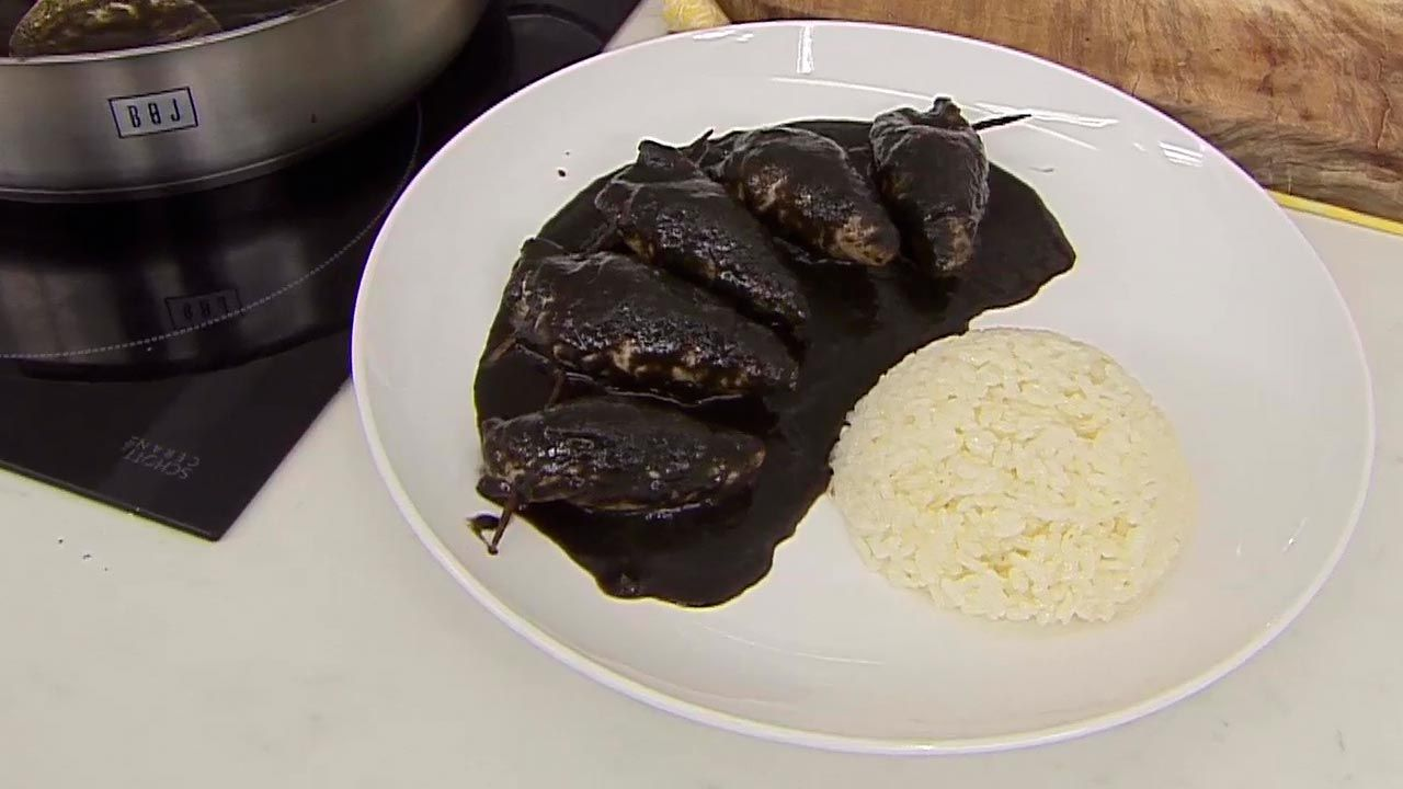 Txipirones (squid) filled with ink