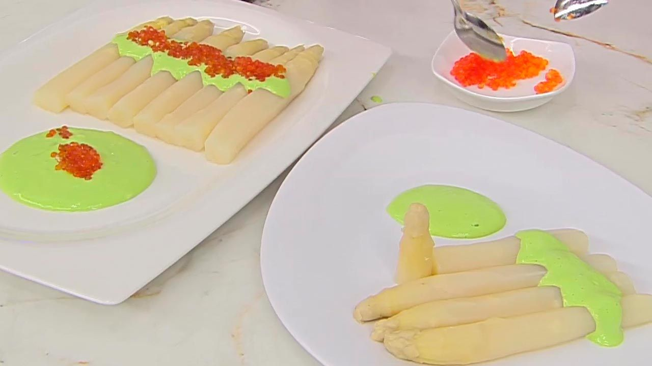 Asparagus with trout