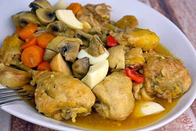 Step 7 of How to make a chicken from a pepitoria, a traditional recipe