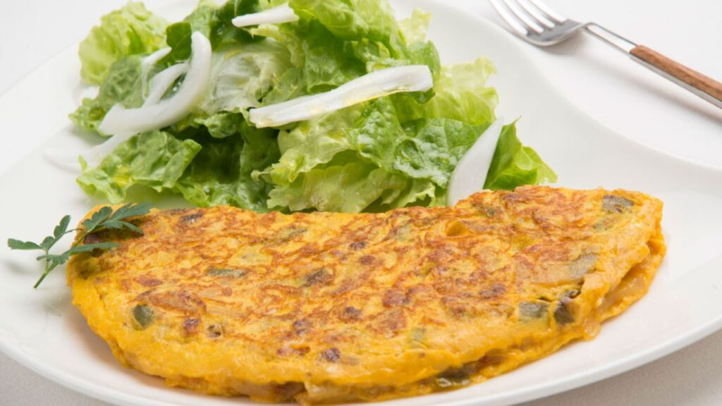 Recipe for potato omelette with minced meat - Karlos Arguiñano