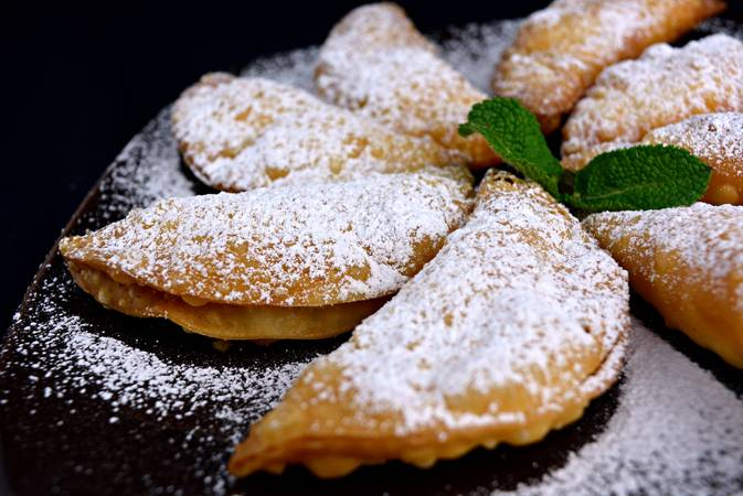 Sprinkle with powdered sugar before serving