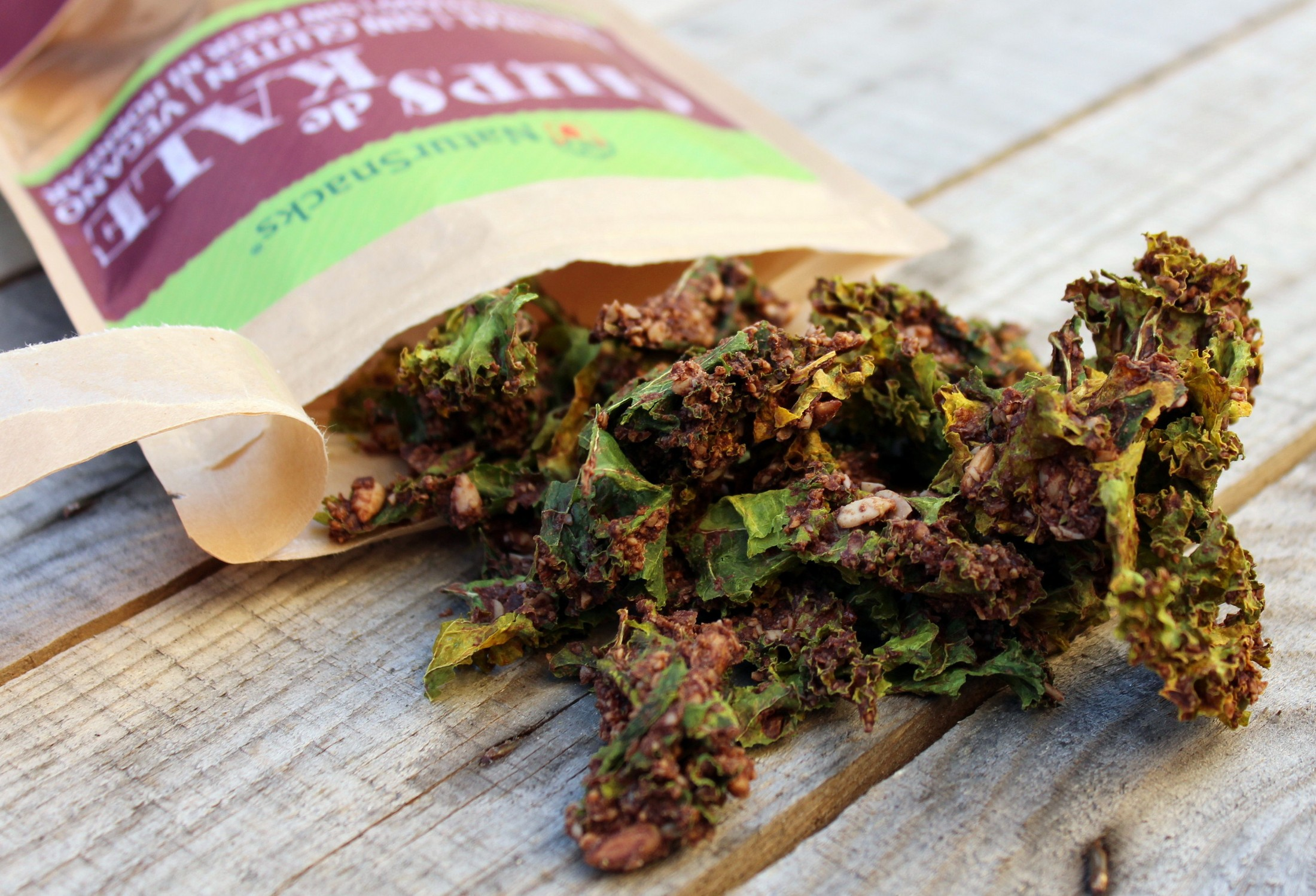 kale-chips-with-chocolate-and-cinnamon