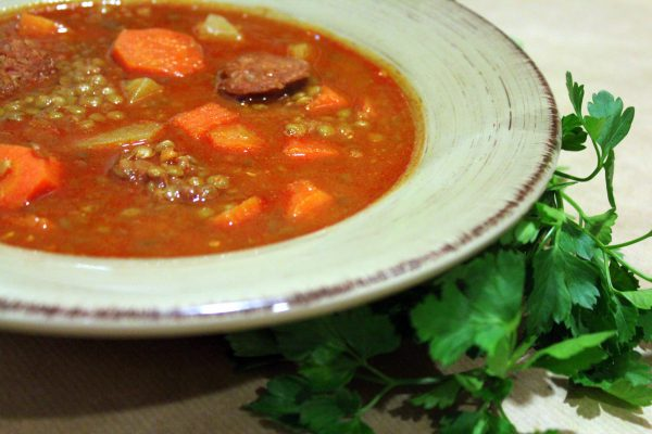 Lentils with vegetables and Chorizo