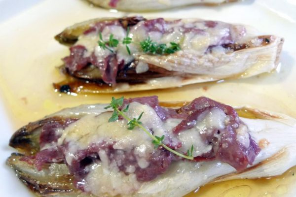 Endive stuffed with beef carpaccio and parmesan