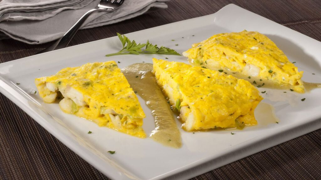 Recipe for walnut omelette with green pepper sauce - Karlos Arguiñano