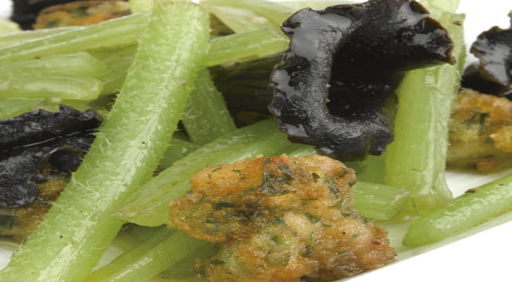 Borage sauteed with milk and mushrooms - Gastroactitud.  Passion for food