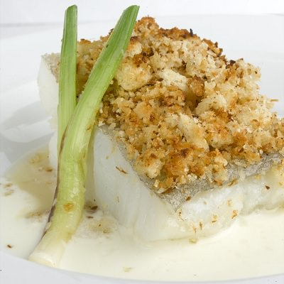Cod fillet on garlic towers and coconut milk - Gastroactitud.  Passion for food
