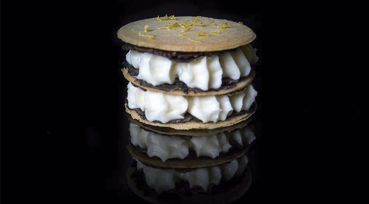 Parmesan and truffle millefeuille - Gastroactitud.  Passion for food