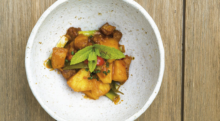 Pork with pineapple - Gastroactitud.  Passion for food