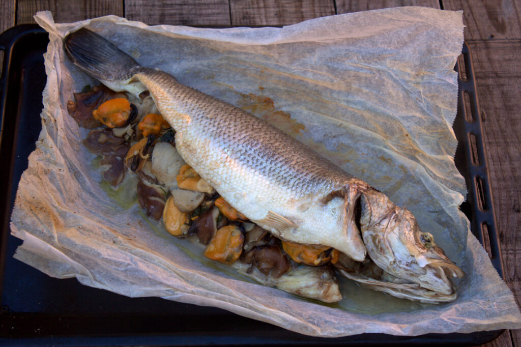 Baked sea bass in papillote