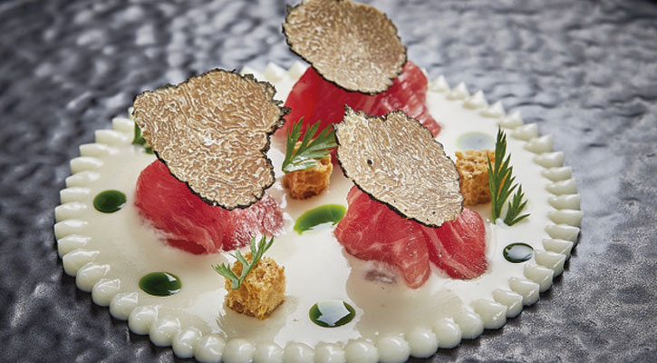 Slices of fillet and whey from chives - Gastroactitud.  Passion for food