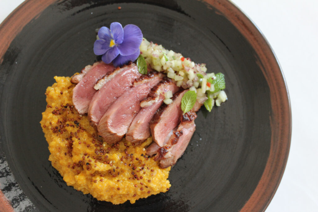 The cinema with grilled duck breasts - Gastroactitud.  Passion for food