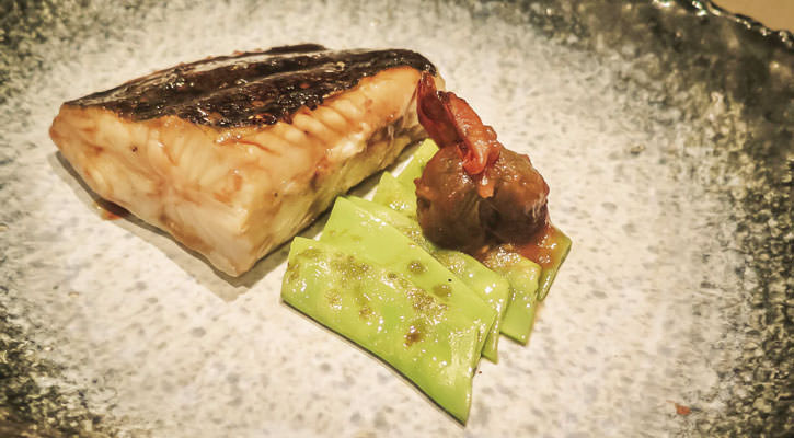 Turbot with grilled teriyaki sauce - Gastroactitud.  Passion for food