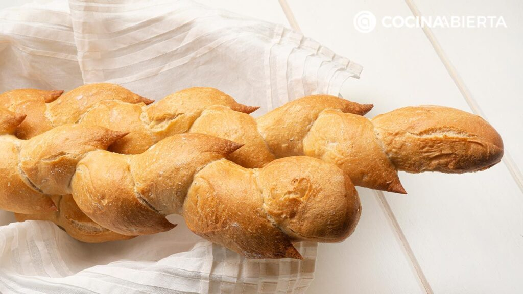 Spiked breads, the easiest recipe from Joseba Arguiñano!