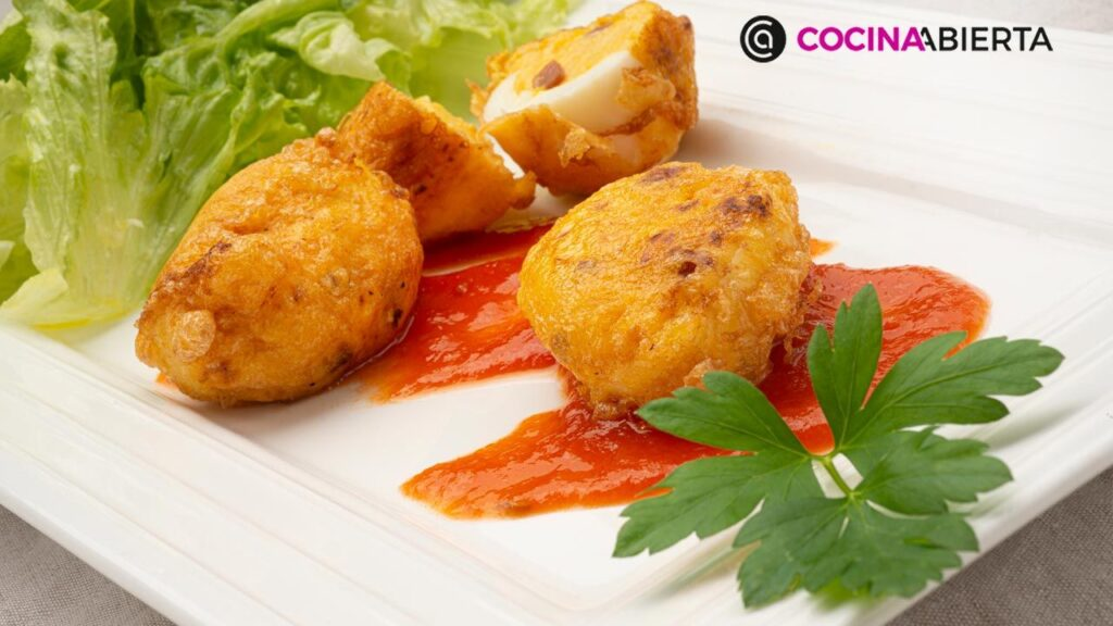 Eggs stuffed with béchamel and ham by Carlos Arginiano!