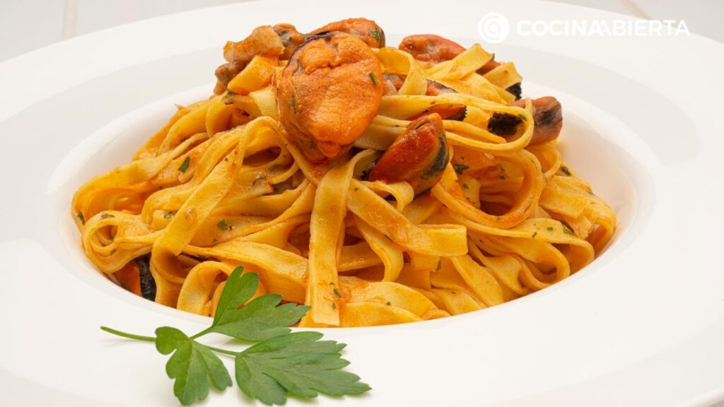 The recipe for mussel noodles by Carlos Arginiano