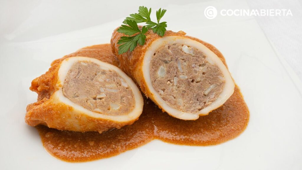 Squid stuffed with shrimp and meat by Carlos Arginiano