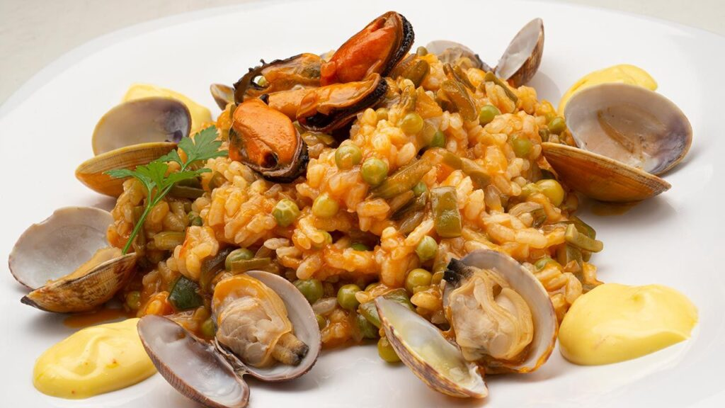Recipe for rice with mussels and mussels - Karlos Arguiñano