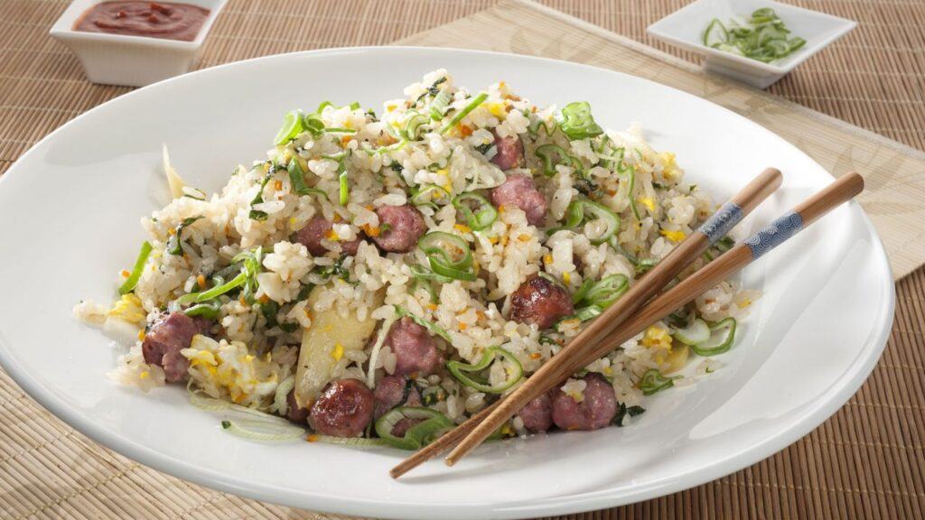 Fried rice with a Chinese recipe for sausages - Kevin Patricio