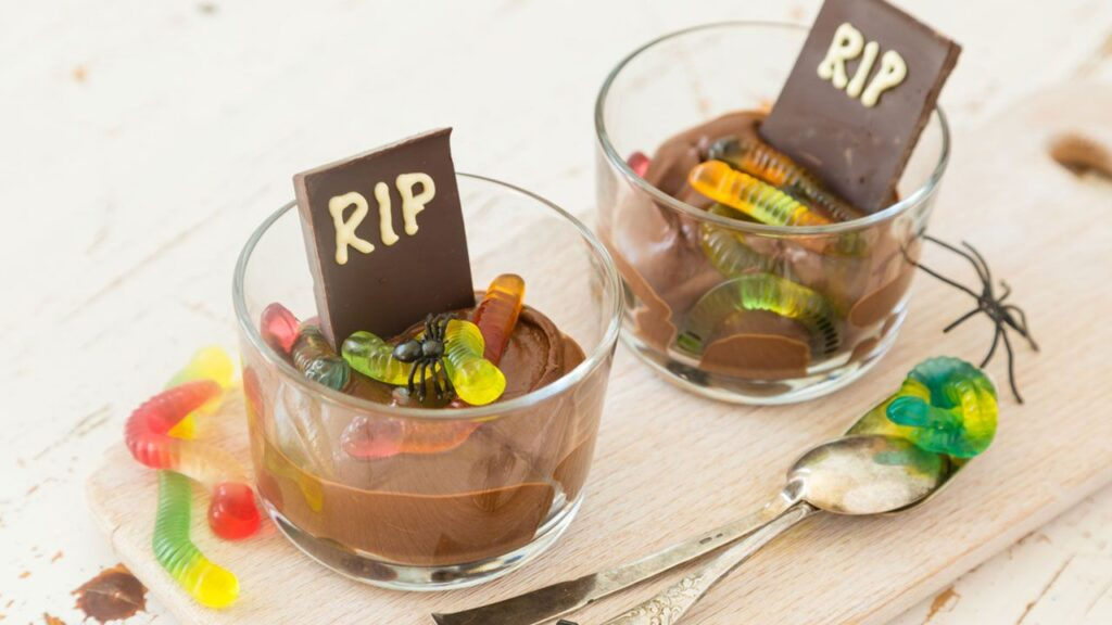 Chocolate mousse with a recipe for candy worms - Hogarmania