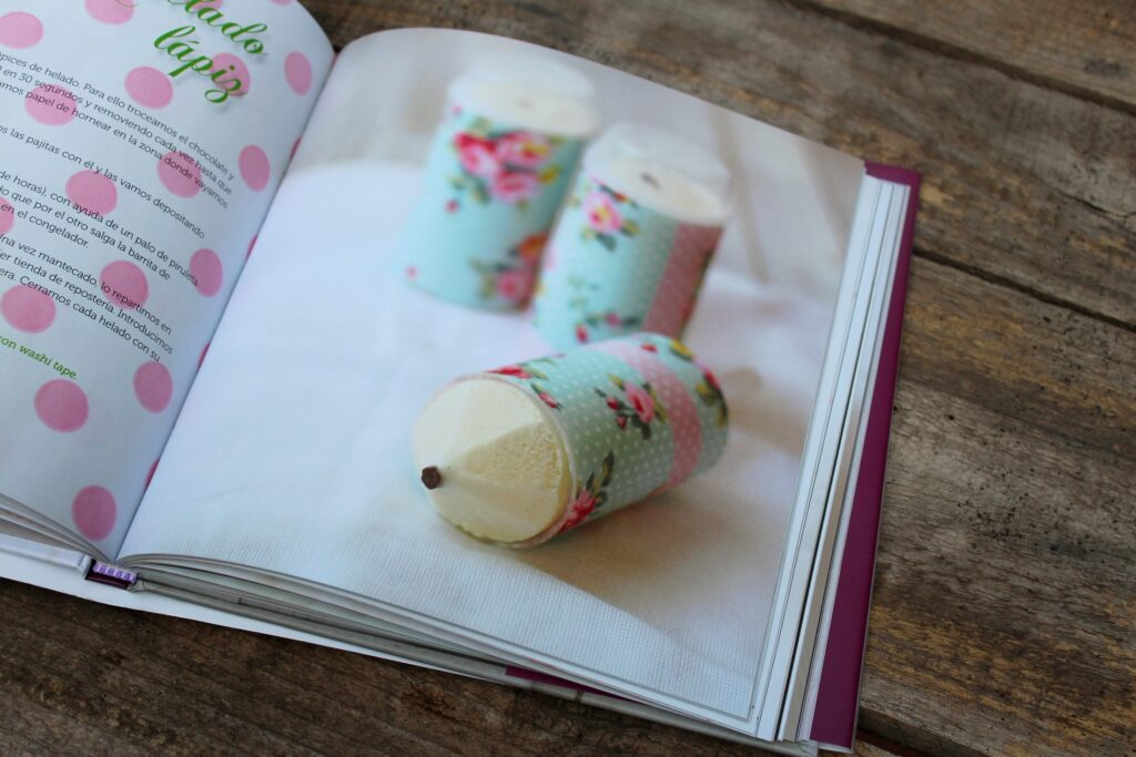 The new recipe book by Sandra Mangas, Polos and Helados