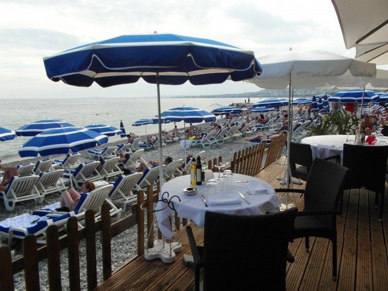 Topless Beach: Restaurant at Plage Beau Rivage in Nice