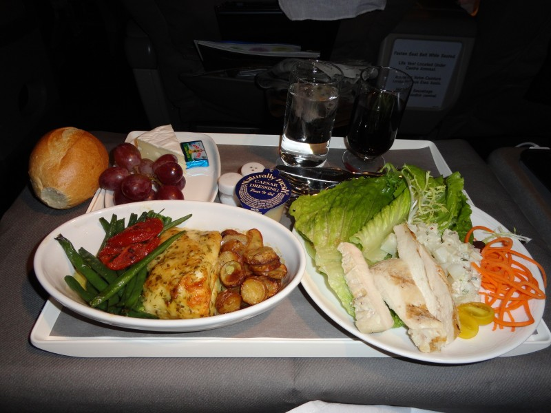 Dulles Airport to Marrakech : the food on OpenSkies Airlines !