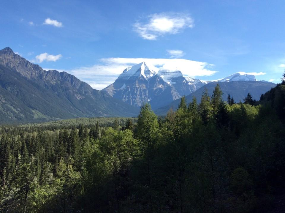 Rocky Mountaineer: Mount Robson, highest peak in Canadian Rockies