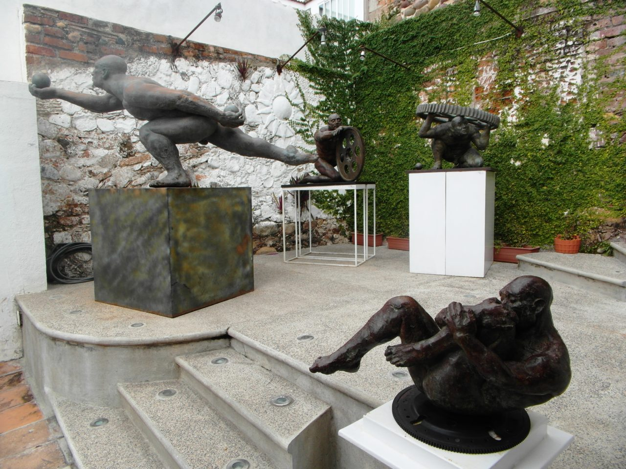 Puerto Vallarta Favorite Experiences : Corsica Galeria de Arte, part of Puerto Vallarta Art Walk