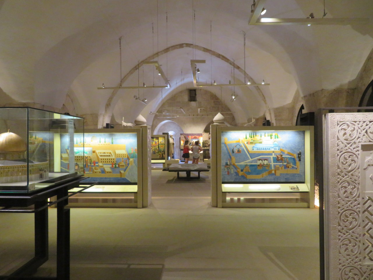The joys of walking Jerusalem - Museum of the history of Jerusalem at the Tower of David