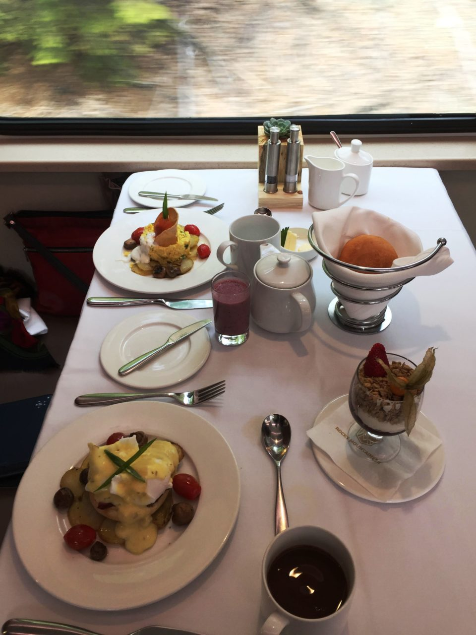 <em><strong>Rocky Mountaineer</strong></em> ~ breakfast