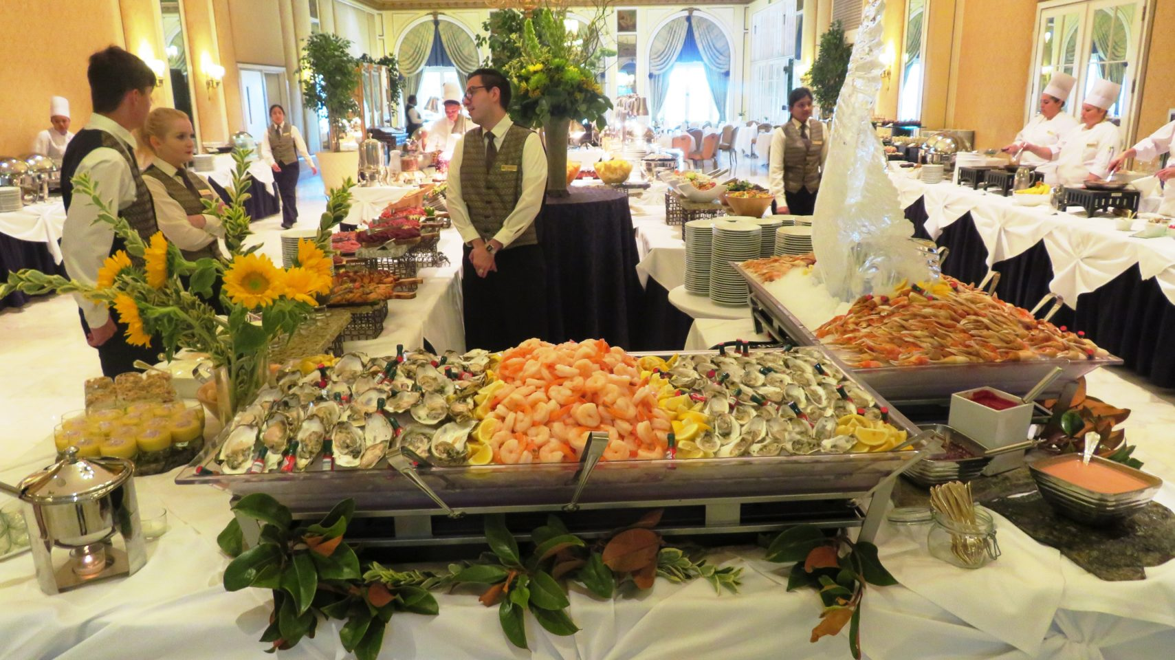 The Broadmoor Restaurants ~ Sunday Brunch at the Lake Terrace Dining Room