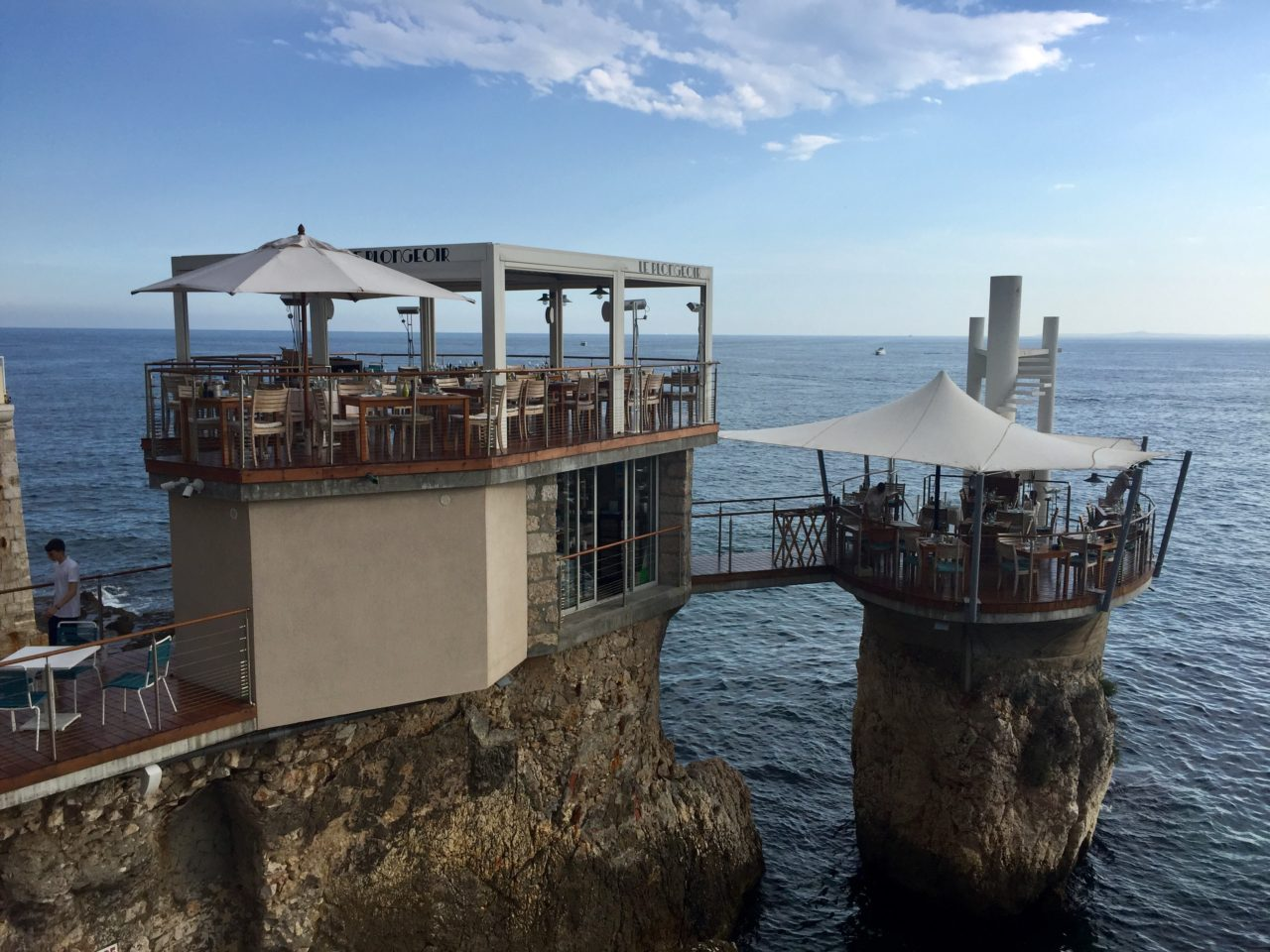 Le Plongeoir bar and restaurant in Nice ~ When in Nice, we live to eat !