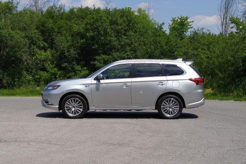 Review 2019 Mitsubishi Outlander PHEV