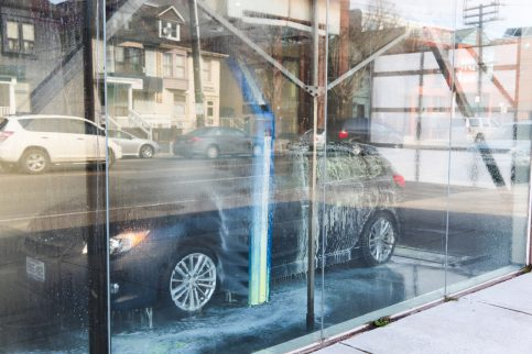 Touchless vs Soft-Cloth Car Washes