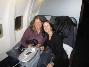 Elizabeth and moi before the flight attendant from HELL began hassling us.