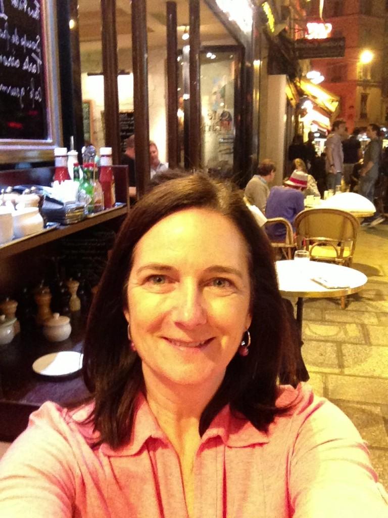 Late night at Café de Paris