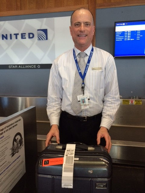 Tim D. from United Airlines