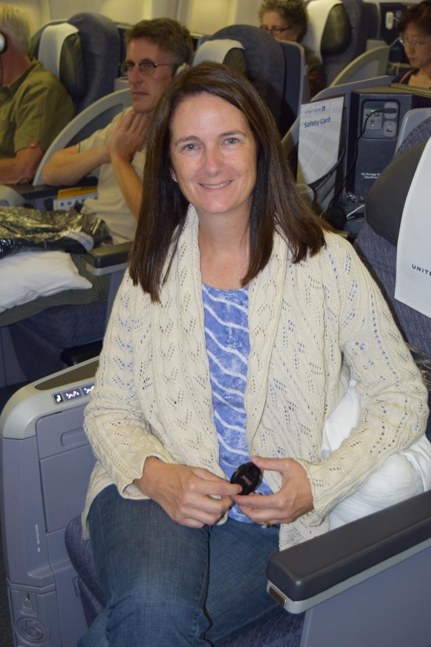 United Business Class flight to Paris