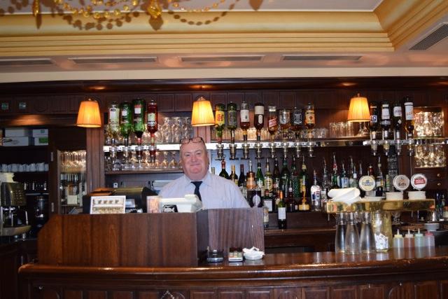 Café de Paris is one of Paris' most friendly bistros