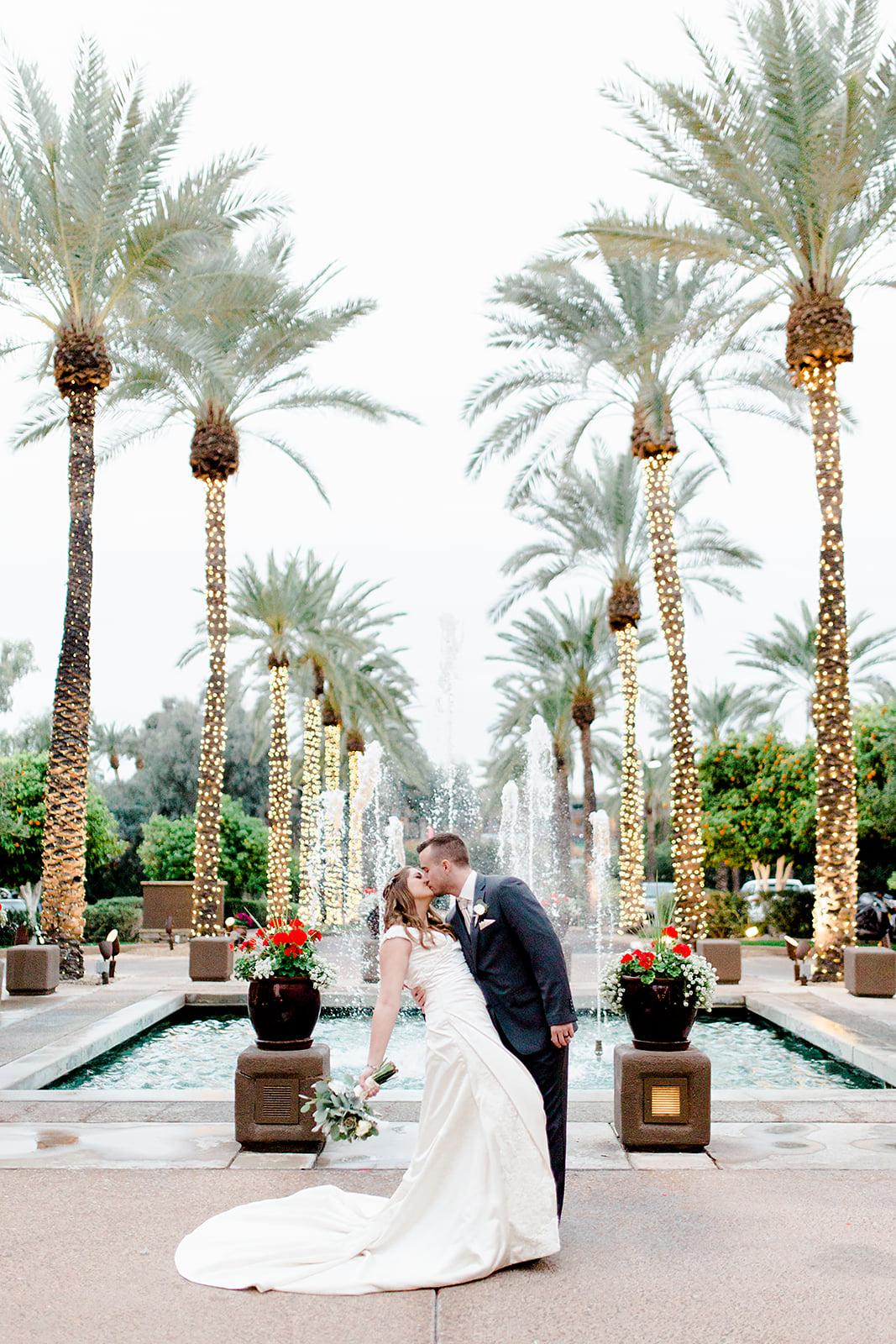 Amanda_and_Chris-Gainey_Ranch_Scottsdale_Arizona_Wedding-Andrew_and_Ada_Photography-597